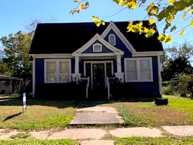 419 W 5th Street, Bonham, TX 75418 (MLS #14227733) :: Robbins Real Estate Group