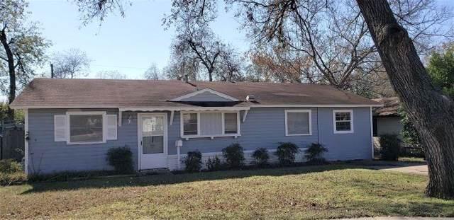 7224 Van Natta Lane, Fort Worth, TX 76112 (MLS #14227897) :: Tenesha Lusk Realty Group