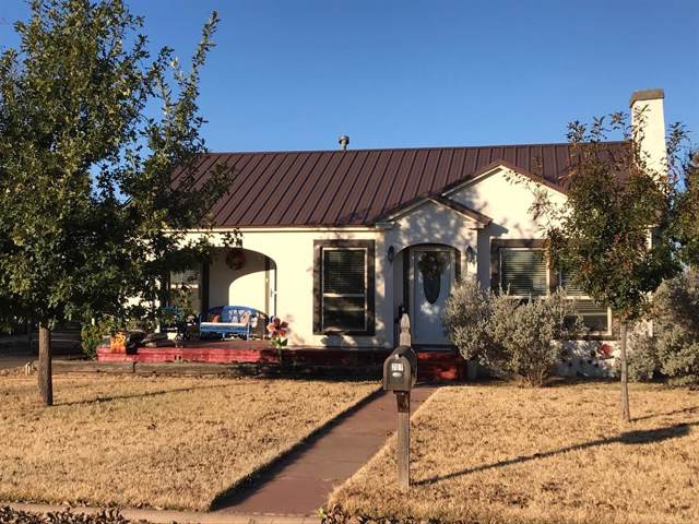 207 N Arkansas Street, Seymour, TX 76380 (MLS #14227908) :: The Kimberly Davis Group