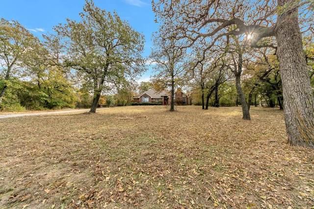 1085 Eagles Way, Springtown, TX 76082 (MLS #14228088) :: The Kimberly Davis Group