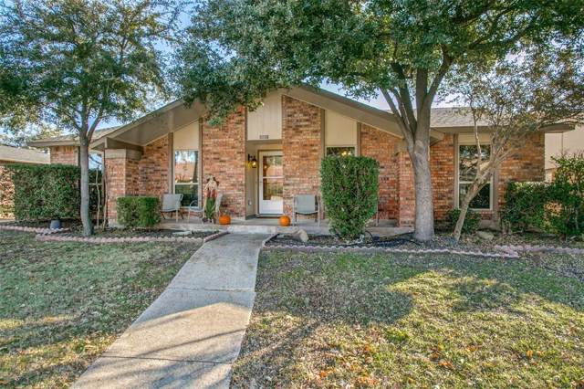 1903 Rambling Ridge Lane, Carrollton, TX 75007 (MLS #14228111) :: RE/MAX Town & Country