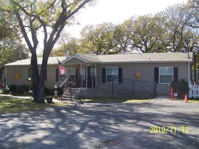 100 Live Oak Street, Azle, TX 76020 (MLS #14228289) :: RE/MAX Pinnacle Group REALTORS