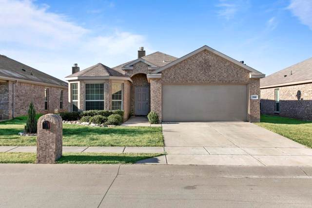 916 Cheyenne Drive, Aubrey, TX 76227 (MLS #14228399) :: Real Estate By Design
