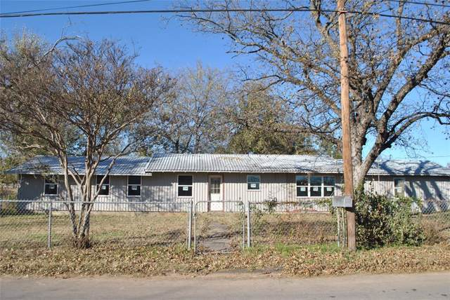 513 E Walcott Avenue, Comanche, TX 76442 (MLS #14228444) :: The Mitchell Group