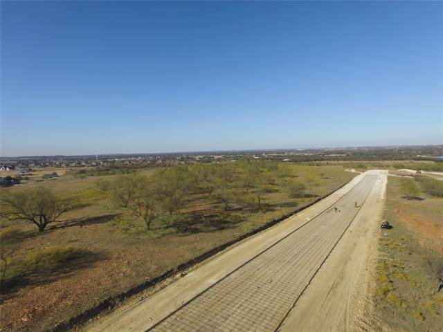 301 Kolb Drive, Aledo, TX 76008 (MLS #14228452) :: The Daniel Team