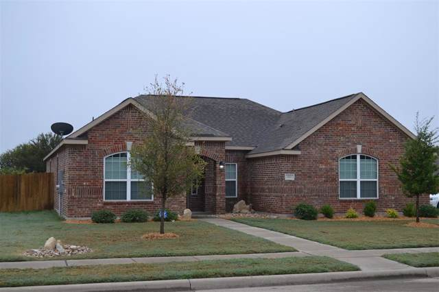 622 Meadow Springs Drive, Glenn Heights, TX 75154 (MLS #14228657) :: The Kimberly Davis Group