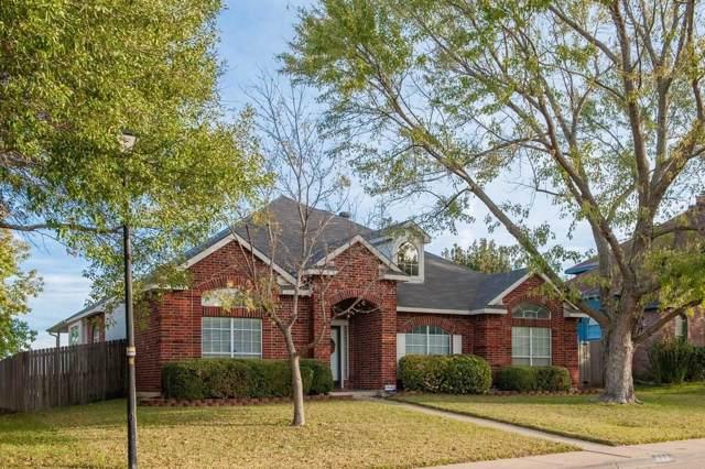 833 Twin Creek Drive, Desoto, TX 75115 (MLS #14229130) :: The Sarah Padgett Team