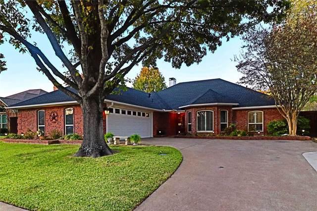 2713 Oak Springs Drive, Garland, TX 75044 (MLS #14229135) :: The Kimberly Davis Group