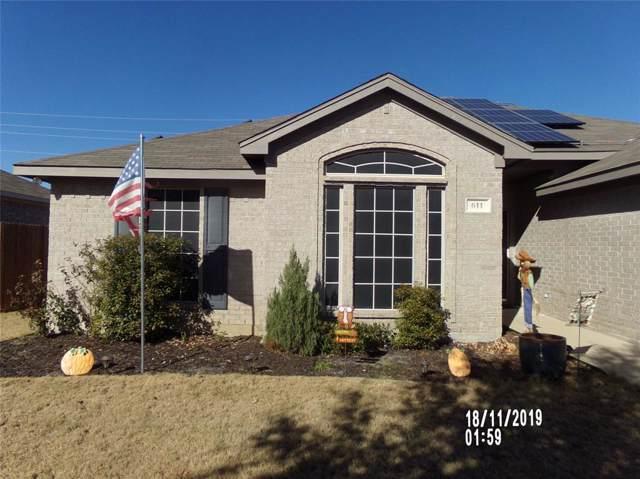 611 E Sheila Circle, Joshua, TX 76058 (MLS #14229415) :: Caine Premier Properties