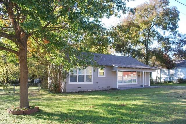 403 S Commerce Street, Gainesville, TX 76240 (MLS #14229531) :: The Kimberly Davis Group