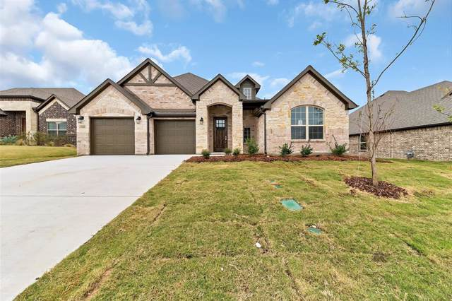 710 La Paloma Road, Sanger, TX 76266 (MLS #14229629) :: The Mauelshagen Group