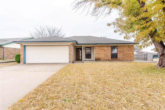 841 Norton Drive, Saginaw, TX 76179 (MLS #14229781) :: RE/MAX Town & Country