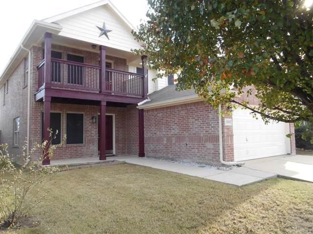 5120 Mirror Lake Drive, Haltom City, TX 76117 (MLS #14229808) :: Team Tiller