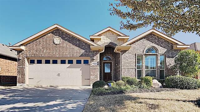 6827 Muirfield Drive, Arlington, TX 76001 (MLS #14229883) :: RE/MAX Pinnacle Group REALTORS