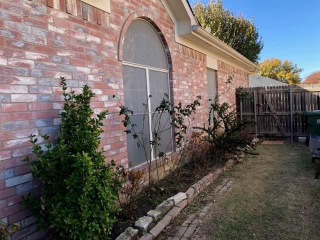6717 Canyon Creek Drive, Arlington, TX 76001 (MLS #14230114) :: RE/MAX Pinnacle Group REALTORS