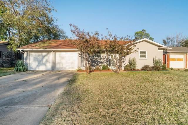640 Lorna Street, Burleson, TX 76028 (MLS #14230471) :: The Kimberly Davis Group