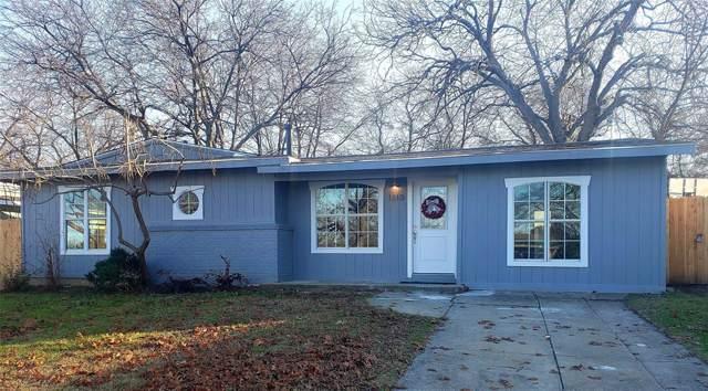 1310 E Inwood Drive, Arlington, TX 76010 (MLS #14230479) :: The Kimberly Davis Group
