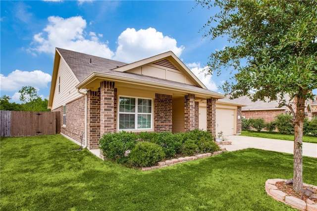 907 Penny Royal Court, Arlington, TX 76002 (MLS #14230577) :: Keller Williams Realty