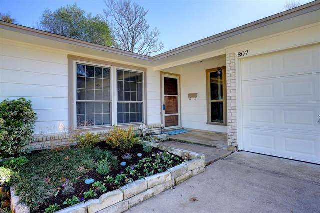 807 N Ector Drive, Euless, TX 76039 (MLS #14230636) :: Lynn Wilson with Keller Williams DFW/Southlake