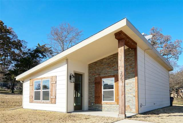 205 W Martin Luther King Street, Denison, TX 75020 (MLS #14230794) :: The Kimberly Davis Group