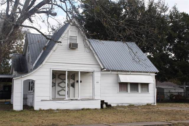 420 3rd Street, Wills Point, TX 75169 (MLS #14230796) :: Potts Realty Group