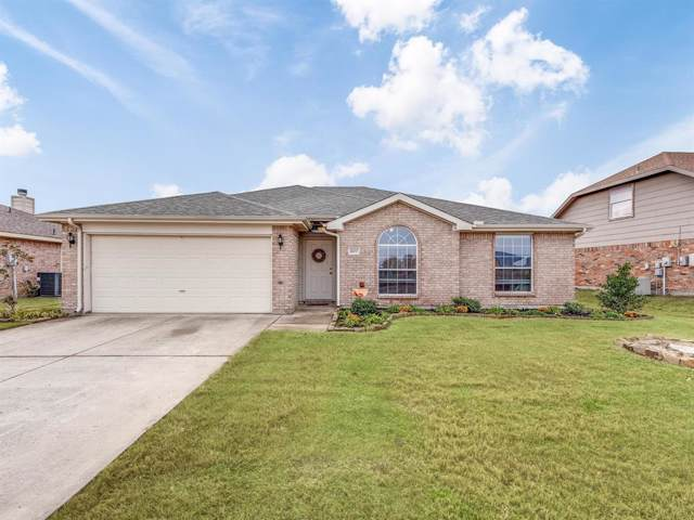 1602 Sequoia Drive, Krum, TX 76249 (MLS #14230964) :: Frankie Arthur Real Estate