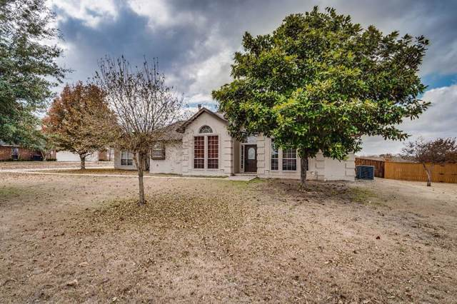 1320 E Highland Road, Waxahachie, TX 75167 (MLS #14231167) :: Tenesha Lusk Realty Group