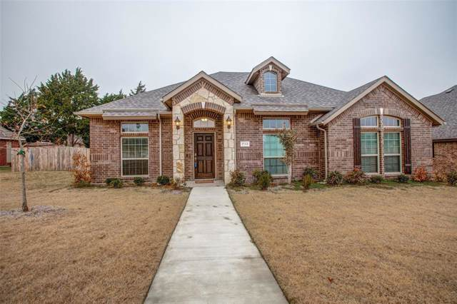 713 Newcastle Drive, Desoto, TX 75115 (MLS #14231571) :: The Kimberly Davis Group