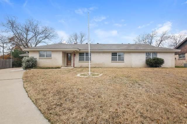 917 Royal Terrace, Hurst, TX 76053 (MLS #14231829) :: RE/MAX Pinnacle Group REALTORS