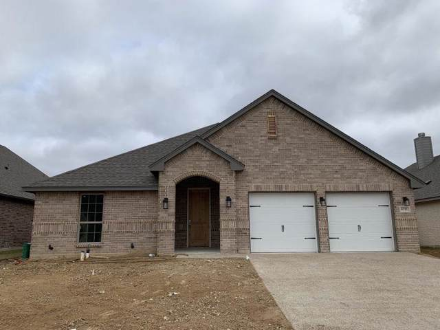 6717 Fire Dance, Benbrook, TX 76126 (MLS #14231838) :: North Texas Team | RE/MAX Lifestyle Property