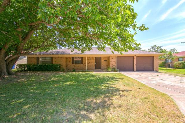 303 Ables Street, Granbury, TX 76048 (MLS #14231906) :: Tenesha Lusk Realty Group