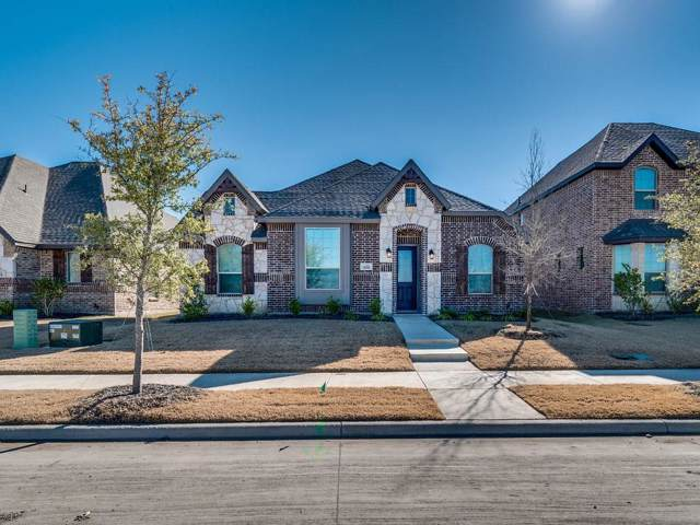 508 Washington Ave, Waxahachie, TX 75165 (MLS #14232101) :: The Kimberly Davis Group