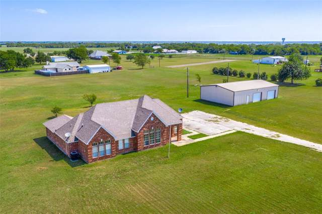 157 Country Place Lane, Van Alstyne, TX 75495 (MLS #14232734) :: All Cities Realty