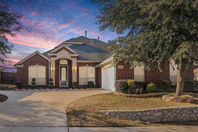 4811 Tarragon Lane, Grand Prairie, TX 75052 (MLS #14232793) :: The Chad Smith Team