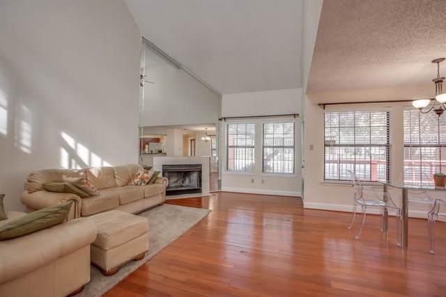 400 Santa Fe Trail #22, Irving, TX 75063 (MLS #14233168) :: The Hornburg Real Estate Group