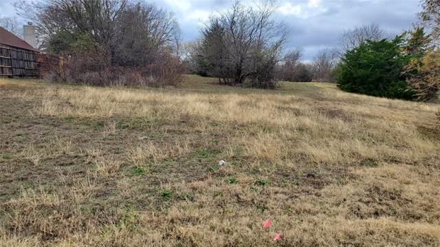 820 Bentwater Parkway, Grand Prairie, TX 75104 (MLS #14233326) :: Robbins Real Estate Group