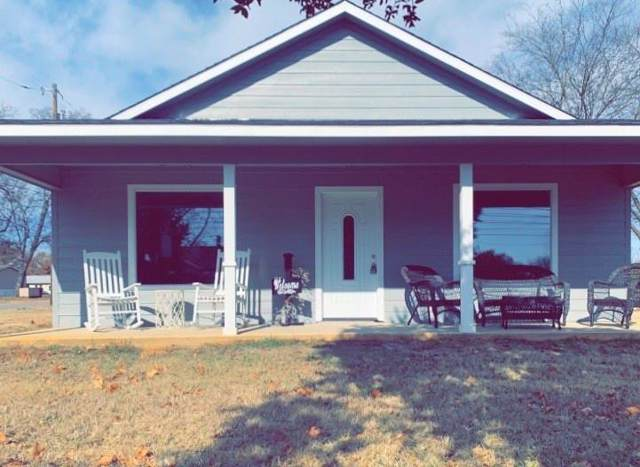 124 W Patterson Street, Grand Saline, TX 75140 (MLS #14233665) :: RE/MAX Town & Country