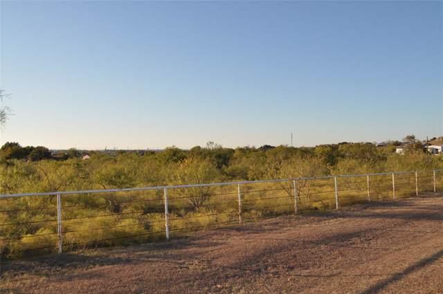 2208 White Lane, Haslet, TX 76052 (MLS #14233675) :: Dwell Residential Realty
