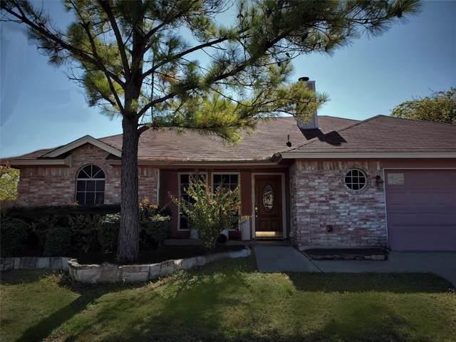 321 Randy Road, Roanoke, TX 76262 (MLS #14234204) :: Century 21 Judge Fite Company