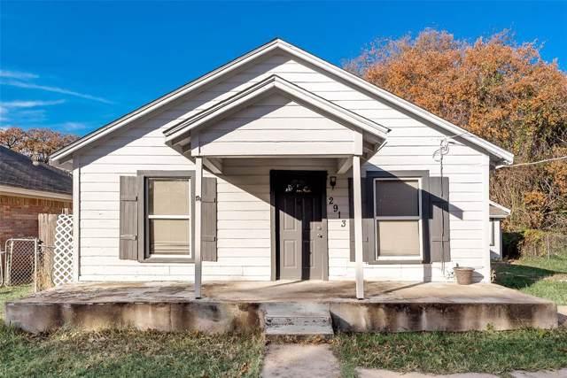 2913 Hiawatha Trail, Lake Worth, TX 76135 (MLS #14234246) :: The Kimberly Davis Group