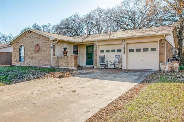 1020 Gladstone Avenue, Azle, TX 76020 (MLS #14234846) :: Team Tiller