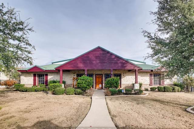 15831 Guy James Road, Justin, TX 76247 (MLS #14234869) :: Dwell Residential Realty