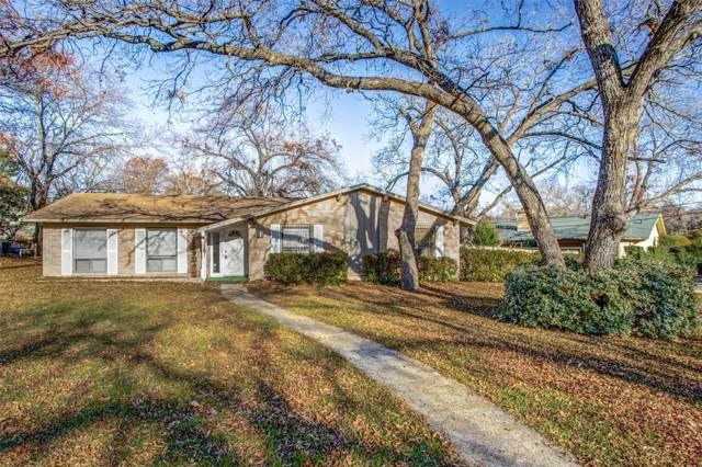 1615 Day Star Drive, Dallas, TX 75224 (MLS #14234921) :: Real Estate By Design