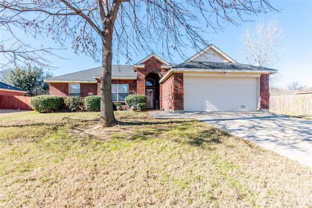 1067 Paige Street, Aubrey, TX 76227 (MLS #14235224) :: The Kimberly Davis Group