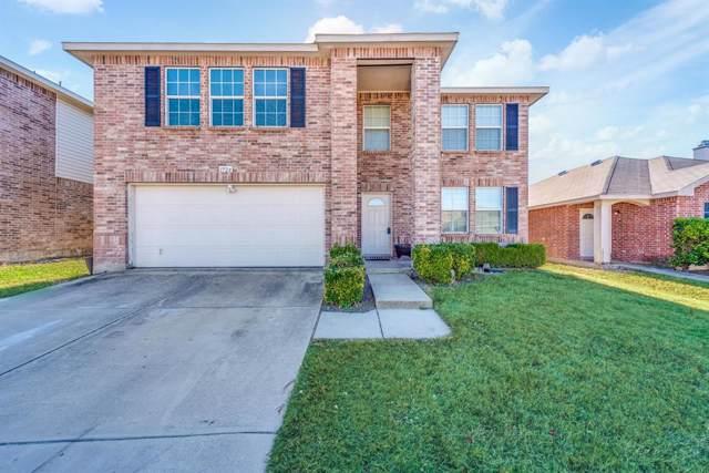 1724 Diamond Lake Trail, Fort Worth, TX 76247 (MLS #14235367) :: The Kimberly Davis Group