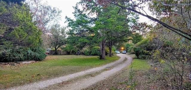 4242 S Cedar Circle Drive, Dallas, TX 75237 (MLS #14235491) :: RE/MAX Town & Country