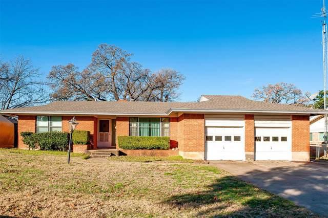 1404 Westcrest Drive, Arlington, TX 76013 (MLS #14235584) :: Tenesha Lusk Realty Group
