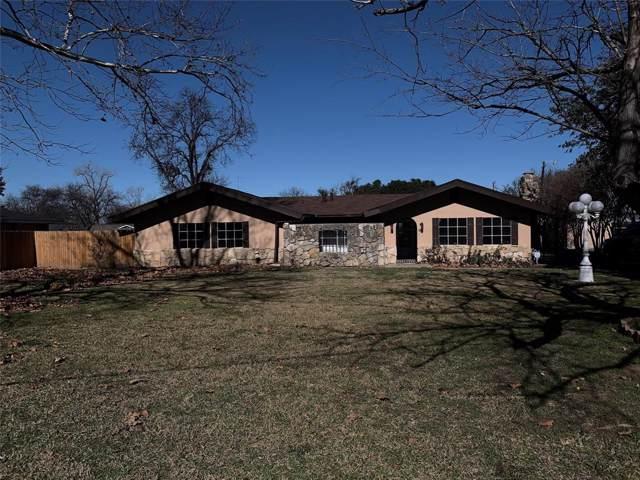 805 Plaza Drive, Fort Worth, TX 76140 (MLS #14235794) :: The Kimberly Davis Group