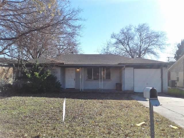7845 Abbott Drive, White Settlement, TX 76108 (MLS #14235850) :: Baldree Home Team