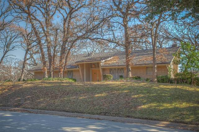 1203 Pebble Creek Drive, Euless, TX 76040 (MLS #14236350) :: Lynn Wilson with Keller Williams DFW/Southlake